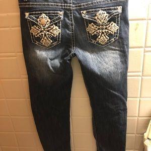 7/8R jeweled skinny jeans Rue21 PREMIERE